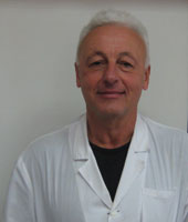 Д-р Любомир Божков