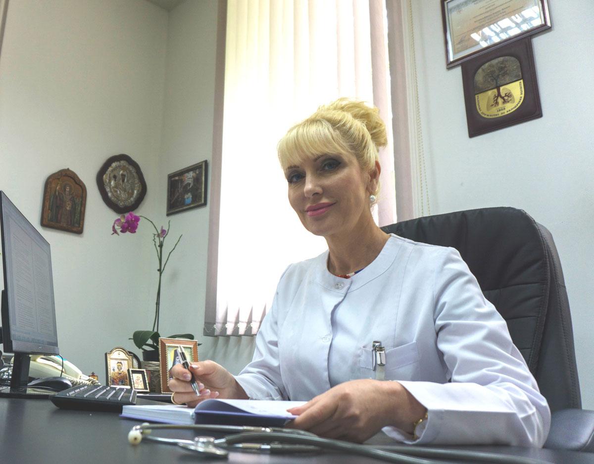 Д-р Цветомила Дудевска, д.м. – Управител