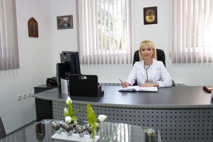 Управител Д-р Цветомила Дудевска, д.м
